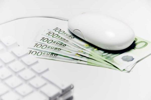 במה עדיף להשקיע יותר: אתר, בלוג או דף עסק בפייסבוק